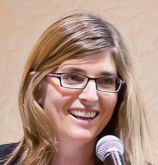 Headshot of Meg Arnold